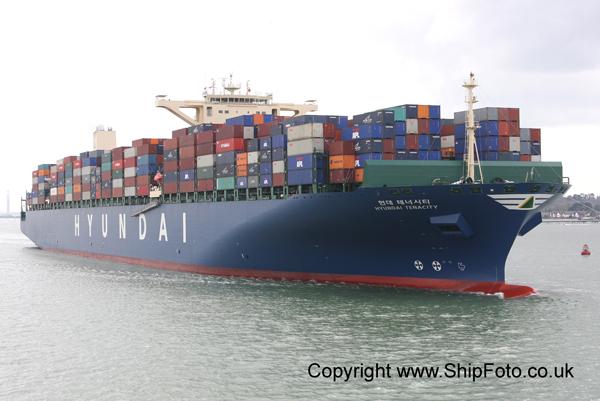 shipfoto southampton and solent shipping news hundreds of ship photos. Black Bedroom Furniture Sets. Home Design Ideas